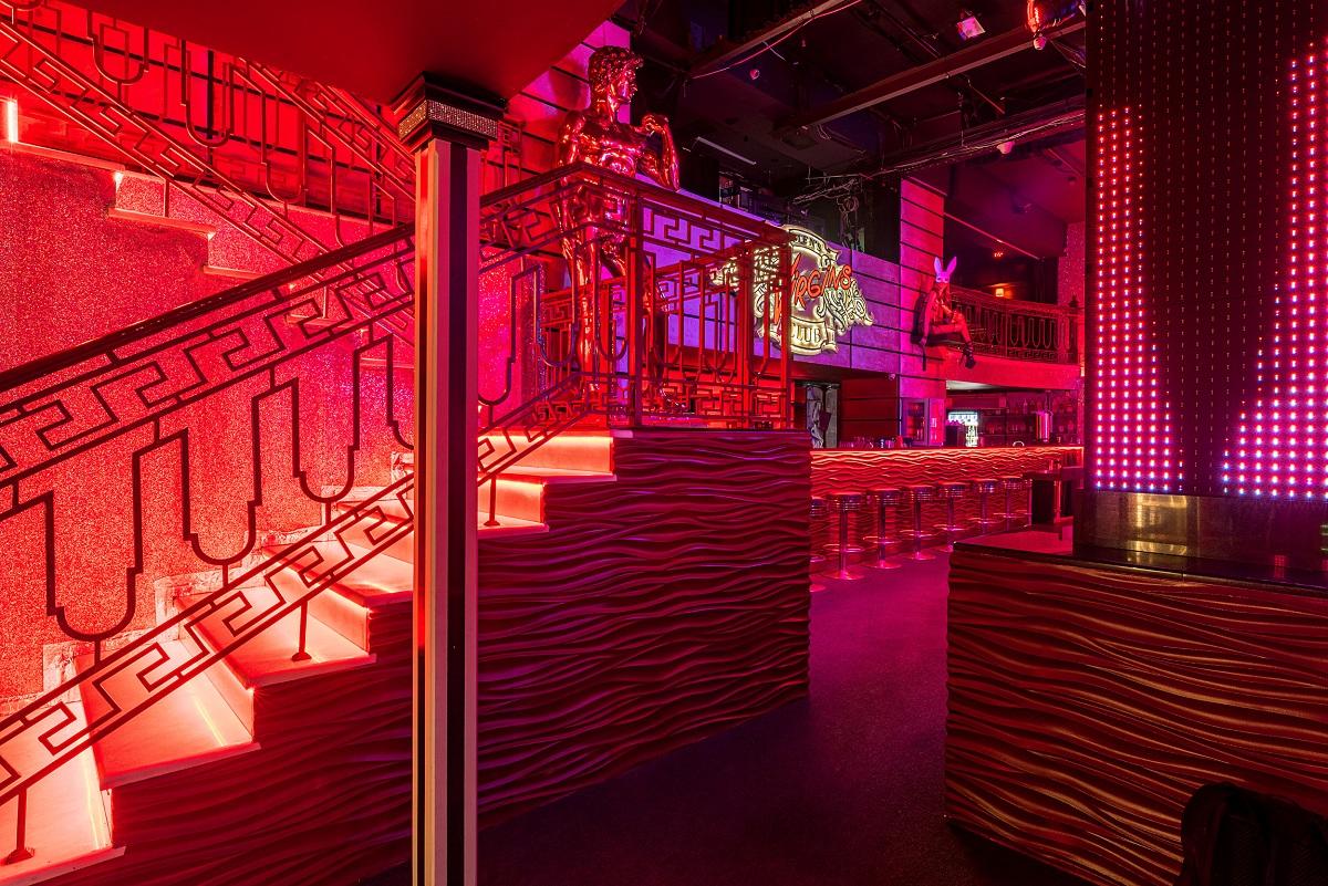 Burlesque virgins клуб в москве сайт клуб гараж москва официальный сайт